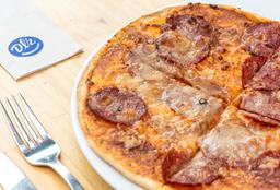 PIZZA DE SALAMI Y QUESO