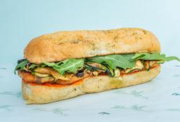 Sándwich de Pollo Mediterráneo