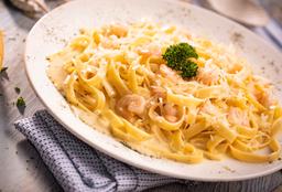 Fetuccini Camaronero Parmesano