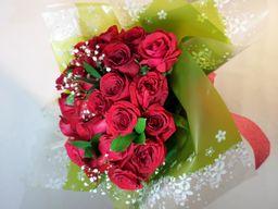 Bouquet de rosas x 12
