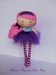 Muñeca Pequeña Ester Paris