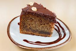 Torta de Banano Chocolate y Maní
