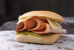 2x1 Sándwich de Pavo Picante