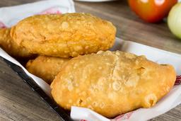 Empanada de Pollo y Queso