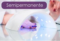Manicure y pedicure semipermanente