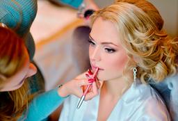 Maquillaje y blower