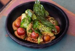 Ensalada Tomate, Maíz y Aguacate