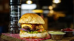 Bacon Cheese Burger (Coca-Cola o Papas)