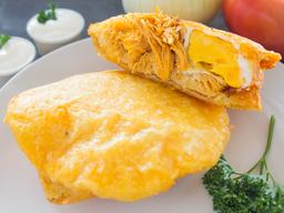 Arepa de Huevo con Pollo