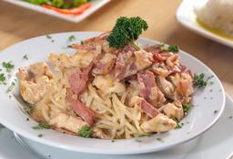 2x1 Pasta Carbonara con Pollo