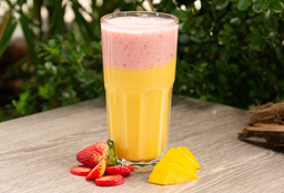 Smoothie de Fresa Mango Yogurt