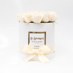 Caja redonda por 20 rosas tradicionales blancas
