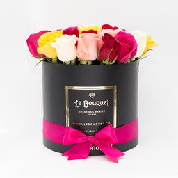 Caja redonda por 20 rosas tradicionales surtidas