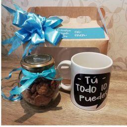 Galletas y mug para café.