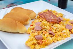 Huevos Rancheros y Pan