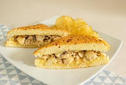 Sandwich Pollo Stroganoff
