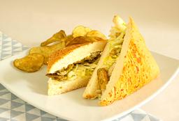 Sandwich Pollo Finas Hierbas