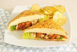 Sandwich Pollo Teriyaki