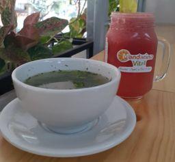 Sopa del Día + Jugo