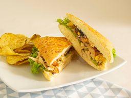 Promo Sandwich Pollo Hawaiano + limonada