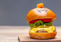 Cheese Burger + Papas Gratis