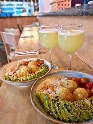 ⚡  2 x 1 Poke de Ceviche + 2 Bebidas