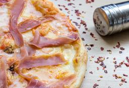 Pizza Prosciutto Scamorza