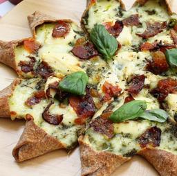 Pizza Bacon Cheese