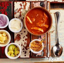 Sopa de Tortilla a la Mexicana