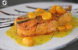 Filete de salmón en Salsa de Uchuvas