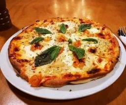 Pizza Suprema Pequeña