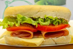 Sándwich  de Cerdo Completo