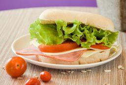Sándwich de Ternera Completo