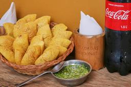 🥟 20 Empanadas + Gaseosa 1L