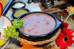 Frijolada Margarita con Chicharrón y Chorizo