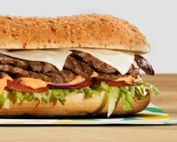 Sandwich Parrillada de Res 15 Cm