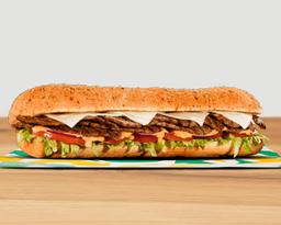 Sandwich Parrillada de Res 30 Cm