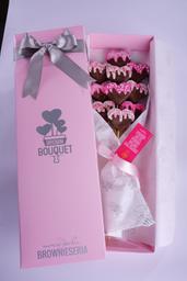 Brown Bouquet Corazones