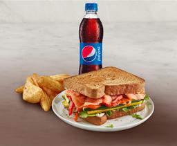 Combo Sandwich Salmón + Acompañamiento + Gaseosa Pet 400ml