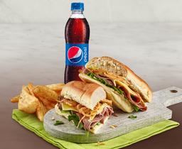 Combo Sandwich Roastbeef + Acompañamiento + Gaseosa Pet 400ml