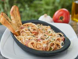 Pasta Fettuccine o espagueti