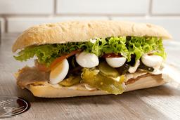 Sandwich pernil de cerdo + Papas + Brownie + Gaseosa