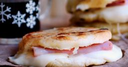 Arepa Jamón y Queso