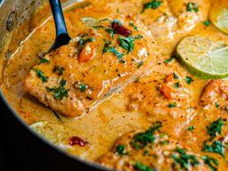 Salmón al Curry Rojo