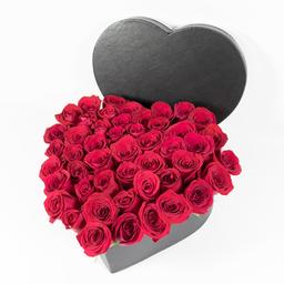 Baúl Con Rosas en Forma de Corazón 42 U