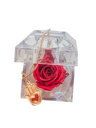 Cofre de rosa preservada roja con collar de hamsa