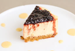 Porción Cheesecake Frutos Silvestres
