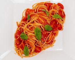 Spaguetti Pomorodo e Basilico