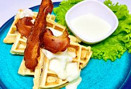 Waffle Bacon Mozzarella