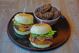 Combo Bao Burgers con Alitas